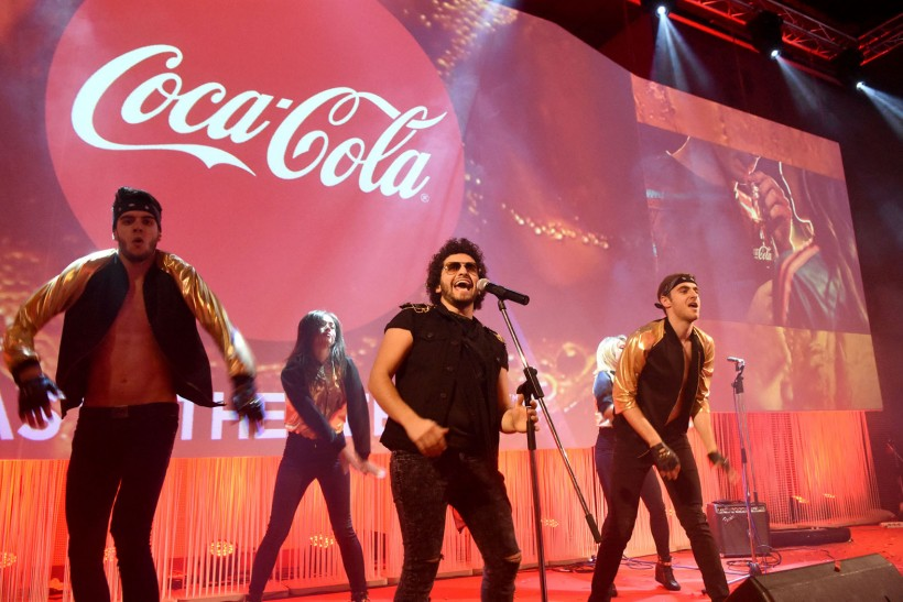 """Coca-Cola представи новата си глобална маркетинг стратегия """"Един бранд"""""""