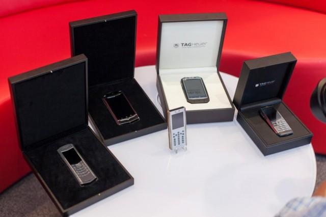 Мтел предлага луксозните смартфони Vertu Ti, TAG Heuer MERIDIIST и Mobiado - Grand Touch Executive