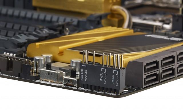 ASUS-X79-Deluxe-08