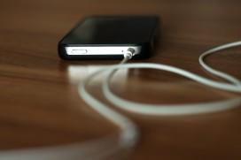 Apple отварят Bluetooth на своя iPhone