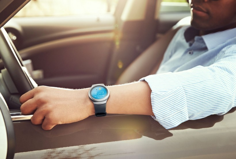 Gear S2_LifeStyle_03