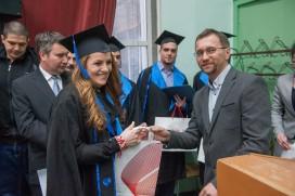 Georgi Raikov nagrajdava bakalavrite