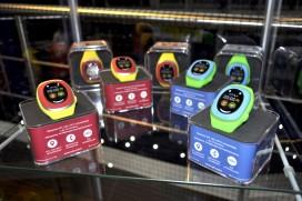 Новия детски часовник MyKi Touch е страхотен
