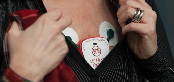 Мобилен сензор наблюдава в реално време сърдечната дейност на пациенти в риск