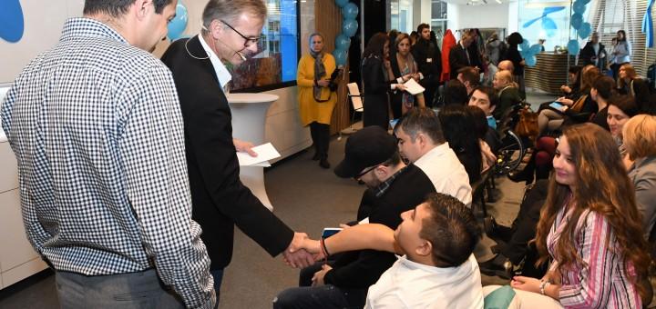 Трима нови служители започват работа в Теленор по програмата за хора с увреждания Open Mind