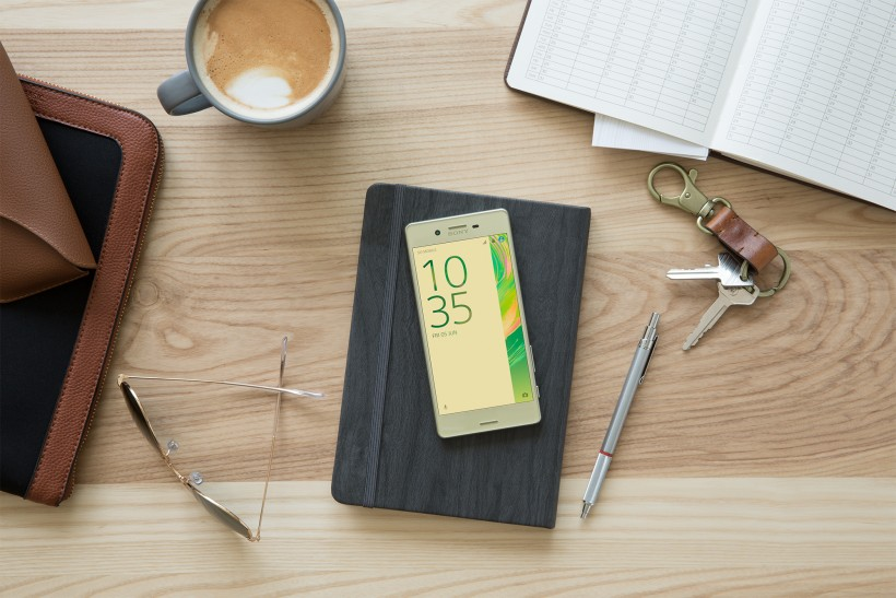Sony представи Xperia X, Xperia X Performance и Xperia XA
