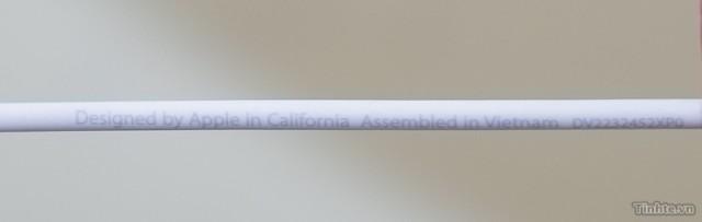 Дизайнът отново е от Калифорния, но ще бъдат сглобени в завод на Foxconn във Виетнам.