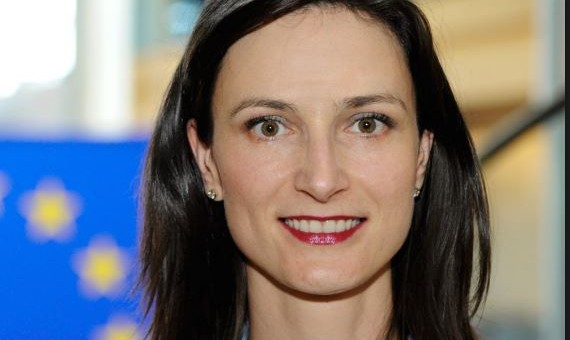 Мария Габриел ще открие Дигитална (не)конференция София 1.0