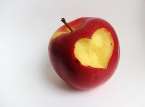 """Мтел с награда """"Златна ябълка"""" за принос към развитието на приемната грижа"""