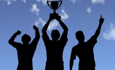 Ангел Георгиев отнесе наградата за най-добър .INFO сайт за 2011 г.