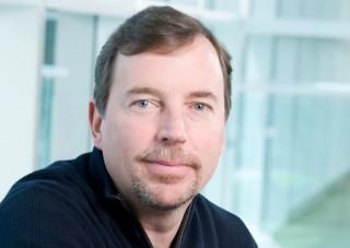 Скот Томпсън напуска до края на седмицата Yahoo