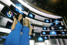 CES2015: Samsung Electronics представя нови монитори и Signage технологии